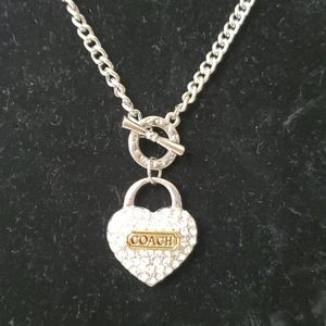 COACH  CRYSTAL'S HEART STAMP NECKLACE
